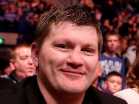 Ricky Hatton To Return To Face Amir Khan?