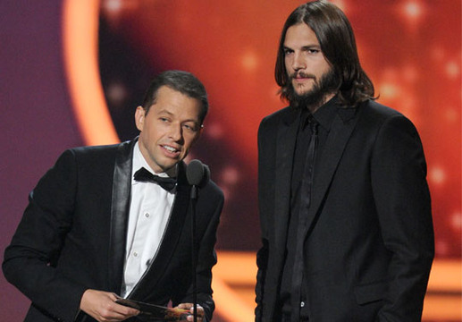 The Primetime Emmy Awards 2011 - New Two and a Half Men co-stars Jon Cryer and Ashton Kutcher present an award