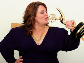 Melissa McCarthy wins Emmy…and a tiara...for Mike & Molly!
