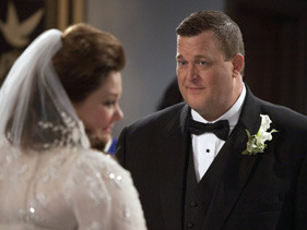mike-and-molly-season-02-episode-23.jpg?height=211&quality=0.91